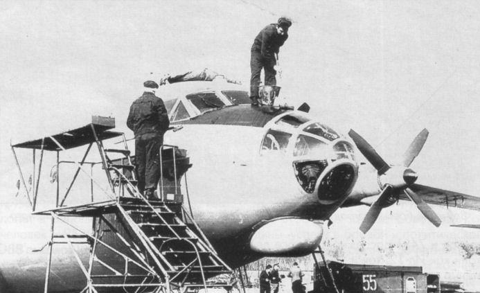 клеить обои каталог с фото наземной авиационной техники ссср нас сайте представлено